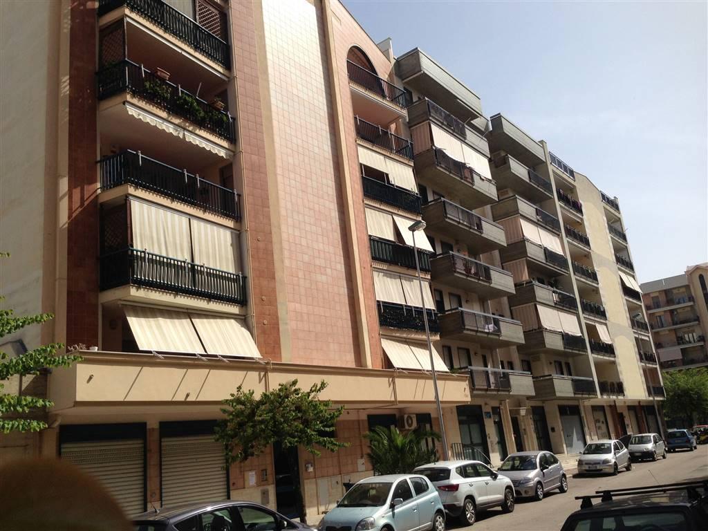 Appartamento in vendita a Andria, 4 locali, zona Località: SEMICENTRO, prezzo € 210.000 | CambioCasa.it