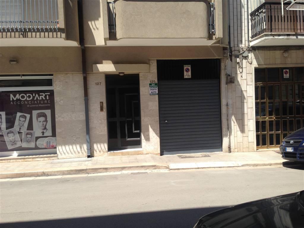 Box / Garage in vendita a Andria, 1 locali, zona Località: SEMICENTRO, prezzo € 100.000 | CambioCasa.it