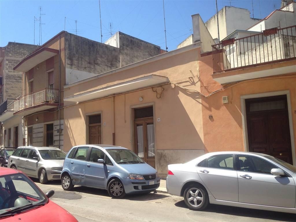 Soluzione Indipendente in vendita a Andria, 3 locali, zona Località: CENTRO, prezzo € 135.000   CambioCasa.it