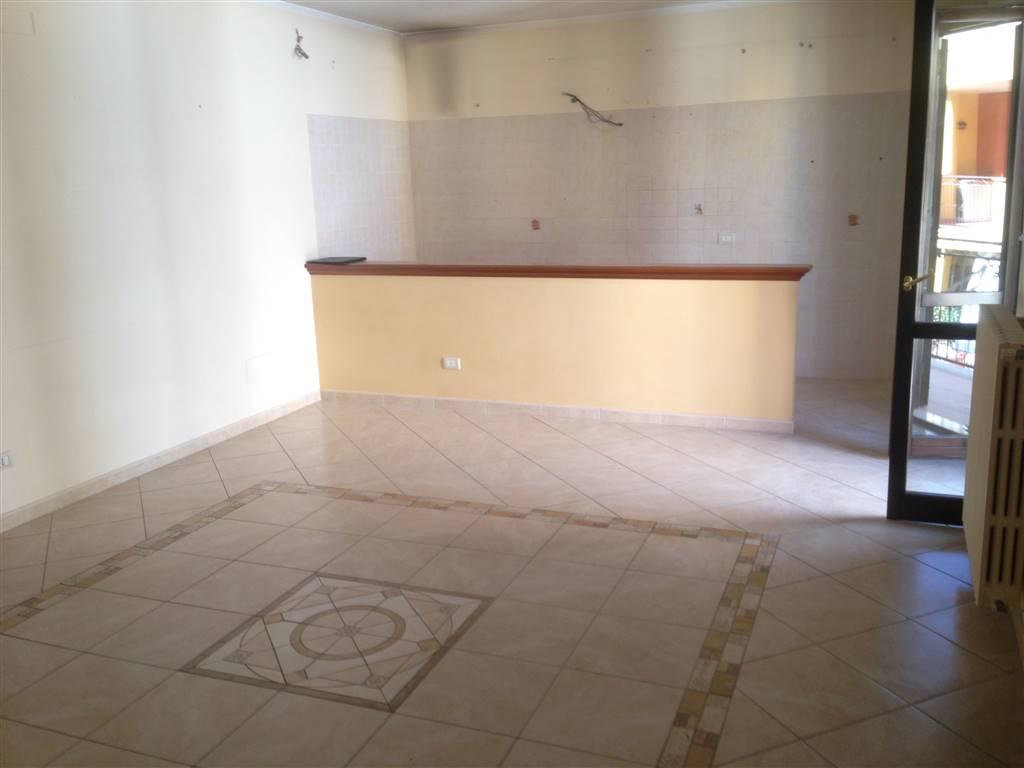 Appartamento in affitto a Andria, 3 locali, zona Località: SEMICENTRO, prezzo € 430 | CambioCasa.it