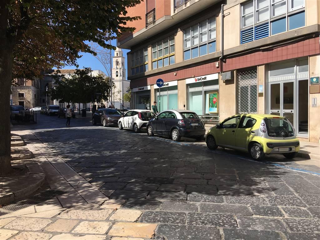 Magazzino in vendita a Andria, 1 locali, zona Località: CENTRO, prezzo € 45.000   CambioCasa.it