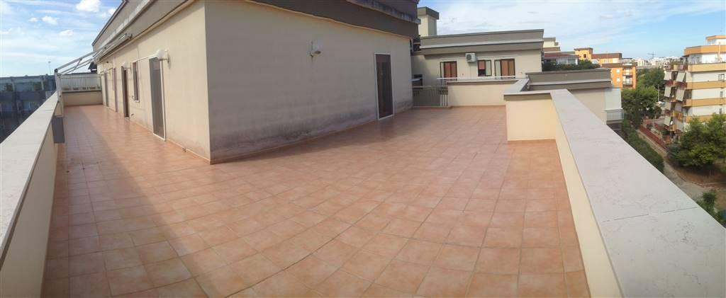 Attico / Mansarda in affitto a Trani, 3 locali, prezzo € 600 | CambioCasa.it