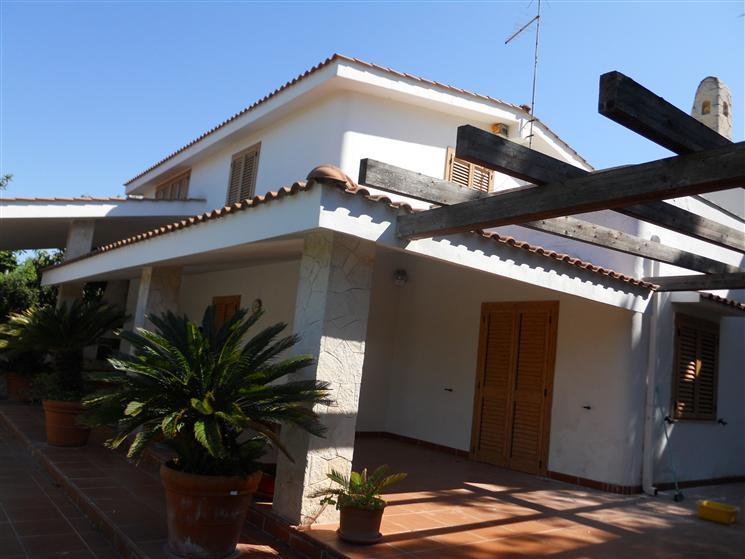 Villa-Villetta  in Vendita a Leporano