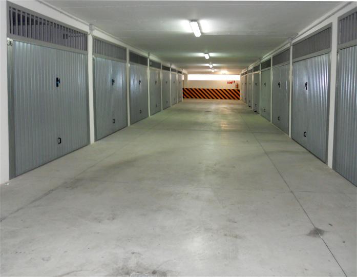 Box / Garage in vendita a Taranto, 1 locali, zona Località: TALSANO, prezzo € 17.000 | Cambio Casa.it