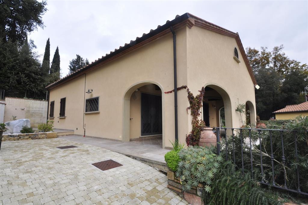 Villa in vendita a Monteverdi Marittimo, 8 locali, prezzo € 290.000 | Cambio Casa.it