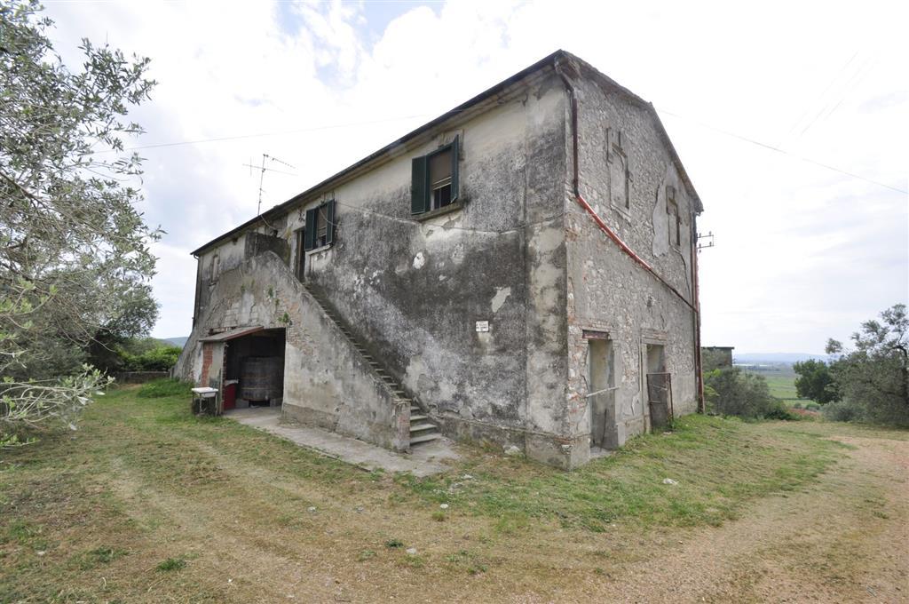 Rustico / Casale in vendita a Suvereto, 4 locali, prezzo € 120.000   Cambio Casa.it