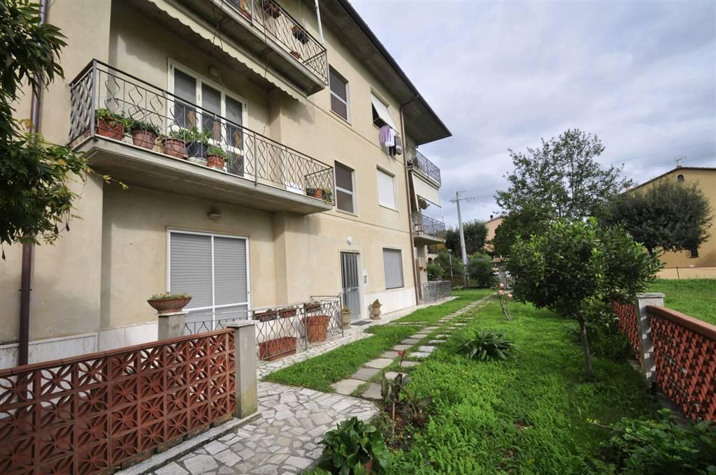 Appartamento in vendita a Suvereto, 4 locali, prezzo € 100.000   Cambio Casa.it