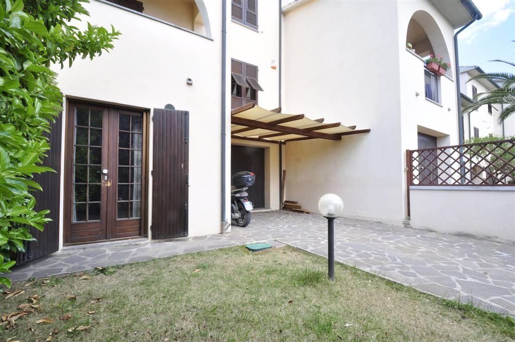 Villa in vendita a Suvereto, 5 locali, prezzo € 230.000 | Cambio Casa.it