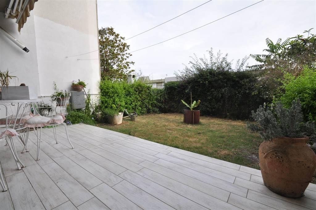 Villa in vendita a San Vincenzo, 5 locali, prezzo € 285.000 | CambioCasa.it