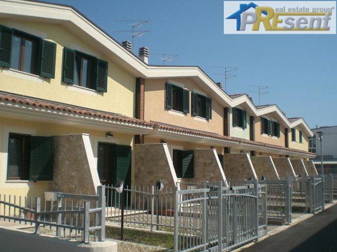 Casa in vendita e affitto in molise su for Case in vendita privati