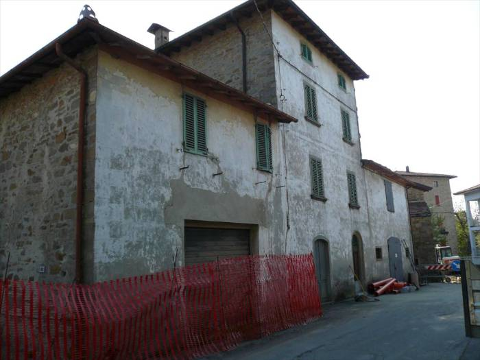 Rustico / Casale in vendita a San Benedetto Val di Sambro, 10 locali, prezzo € 150.000 | Cambio Casa.it