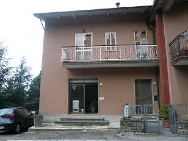 Appartamento in vendita a Camugnano, 3 locali, zona Zona: Baigno, prezzo € 65.000 | CambioCasa.it