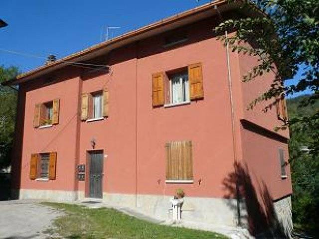 Appartamento in Vendita a San Benedetto Val di Sambro