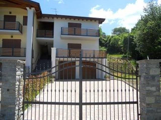 Appartamento in vendita a San Benedetto Val di Sambro, 12 locali, zona Zona: Pian del Voglio, prezzo € 1 | Cambio Casa.it
