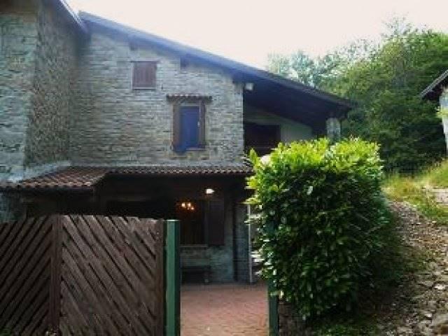 Rustico / Casale in vendita a Castiglione dei Pepoli, 5 locali, zona Zona: Rasora, prezzo € 99.000 | Cambio Casa.it