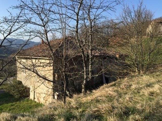 Rustico / Casale in vendita a Castiglione dei Pepoli, 7 locali, zona Zona: Creda, prezzo € 53.000 | Cambio Casa.it