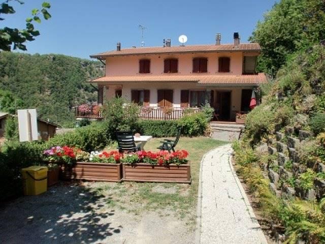 Villa Bifamiliare in Vendita a Camugnano