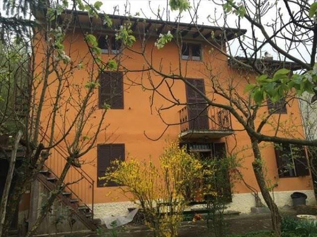 Soluzione Indipendente in vendita a Castiglione dei Pepoli, 7 locali, zona Zona: Creda, prezzo € 80.000 | CambioCasa.it