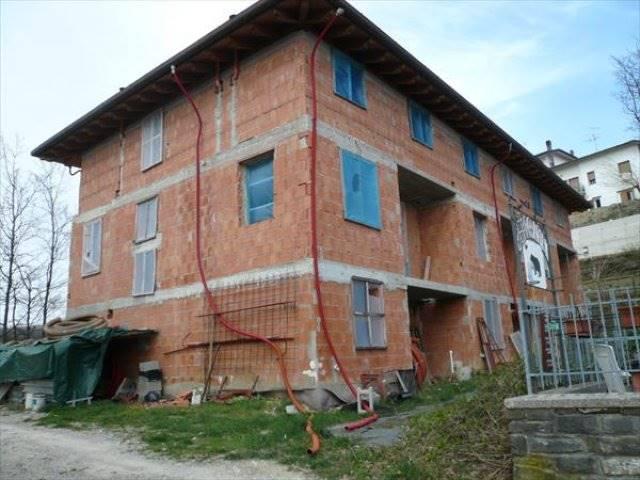 Soluzione Indipendente in vendita a San Benedetto Val di Sambro, 5 locali, zona Zona: Montefredente, prezzo € 225.000 | Cambio Casa.it