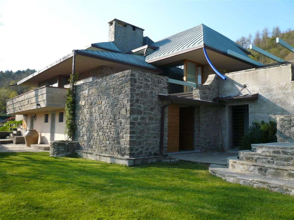 Villa in Vendita a Vernio