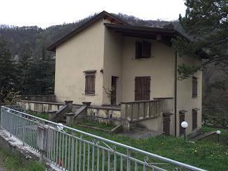 Villa in Vendita a Castiglione dei Pepoli