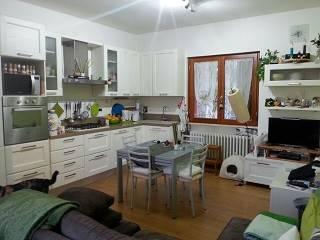 Appartamento in vendita a Castiglione dei Pepoli, 4 locali, prezzo € 110.000 | CambioCasa.it