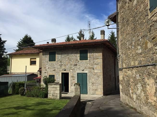 Soluzione Indipendente in vendita a Camugnano, 3 locali, zona Zona: Burzanella, Trattative riservate | CambioCasa.it