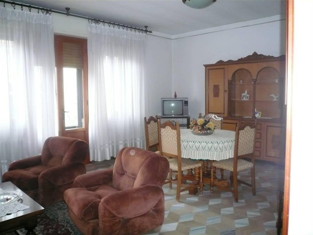 Appartamento in affitto a Castiglione dei Pepoli, 5 locali, Trattative riservate | CambioCasa.it