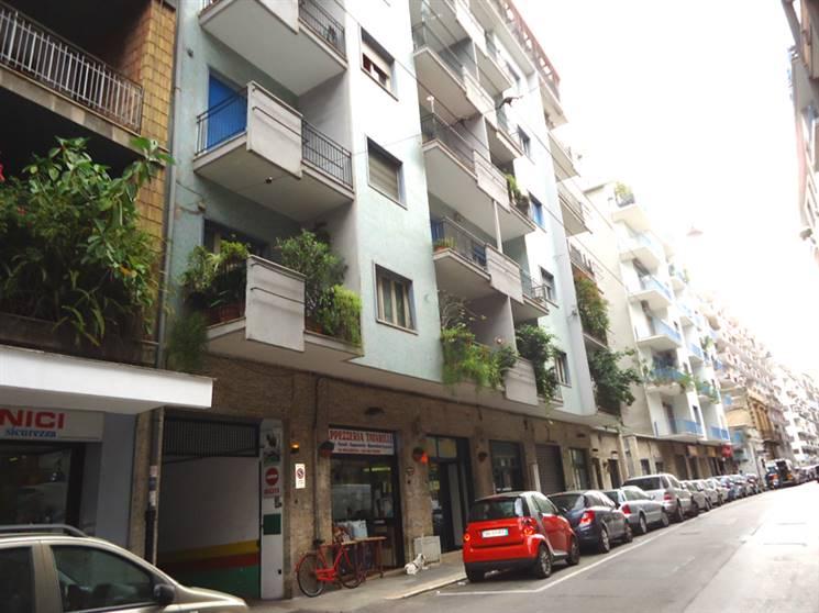 Negozio in Via Lattanzio  34/b, S. Pasquale, Bari