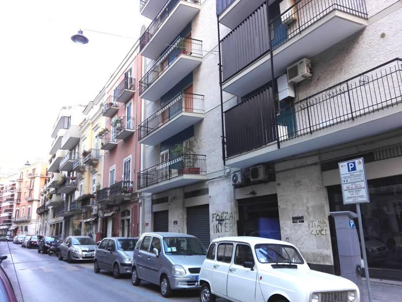 Negozio in Via Murat 52, Murat, Bari