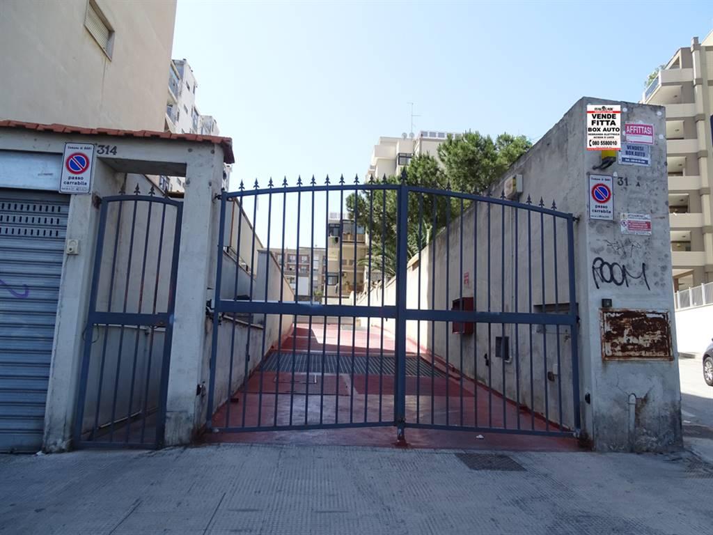 garage-Box-posto auto  in Affitto a Bari