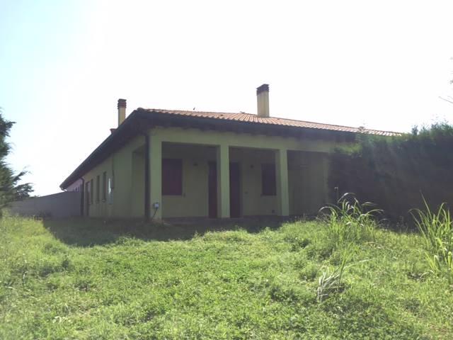 Appartamento in vendita a Codevigo, 5 locali, zona Zona: Conche, prezzo € 195.000 | Cambio Casa.it
