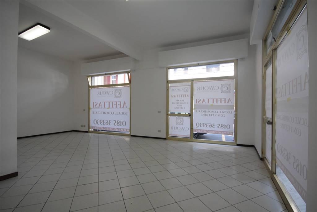 Negozio / Locale in affitto a Chiavari, 1 locali, zona Località: CAMPO SPORTIVO, prezzo € 550 | Cambio Casa.it