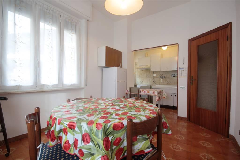 Appartamento in affitto a Chiavari, 2 locali, zona Località: PONENTE, prezzo € 500 | CambioCasa.it