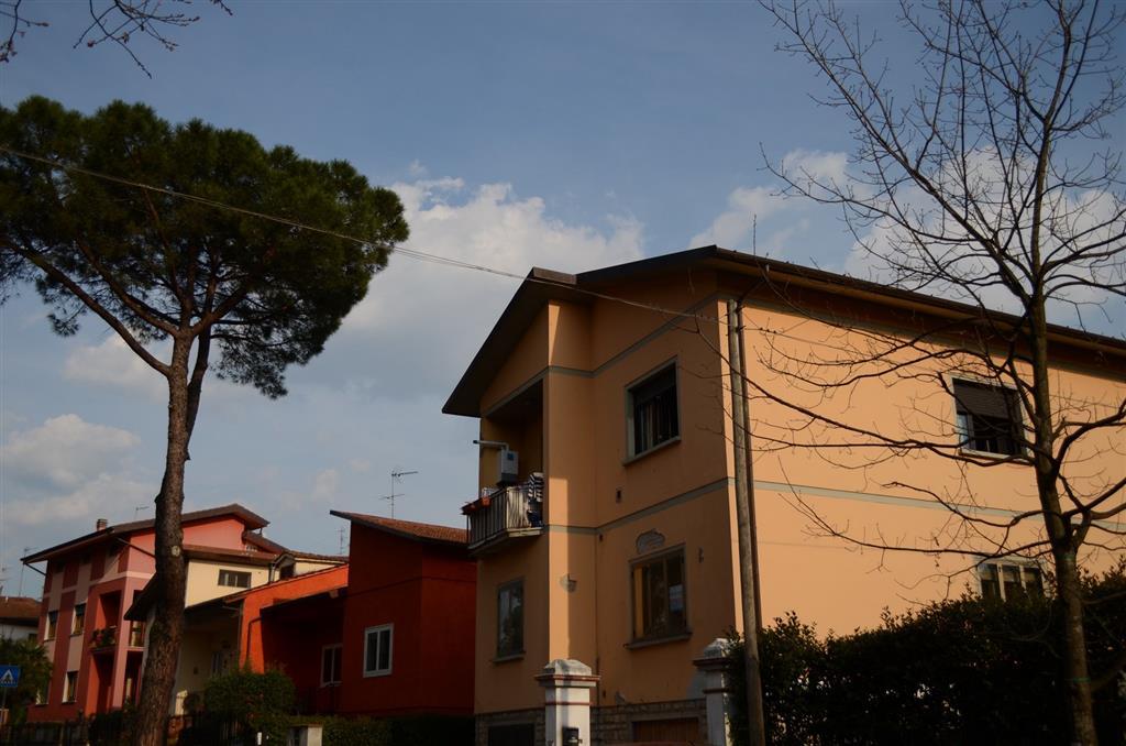Soluzione Indipendente in vendita a Montecatini-Terme, 5 locali, zona Località: MUSICISTI, prezzo € 115.000 | Cambio Casa.it
