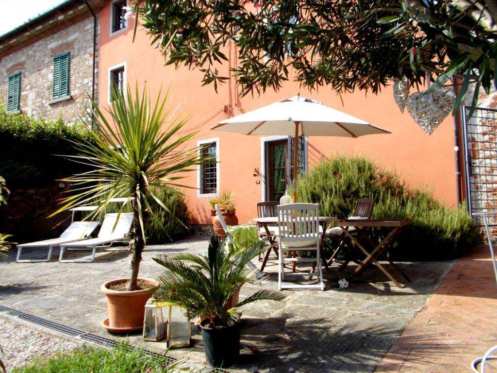 Rustico / Casale in vendita a Monsummano Terme, 8 locali, prezzo € 670.000 | Cambio Casa.it