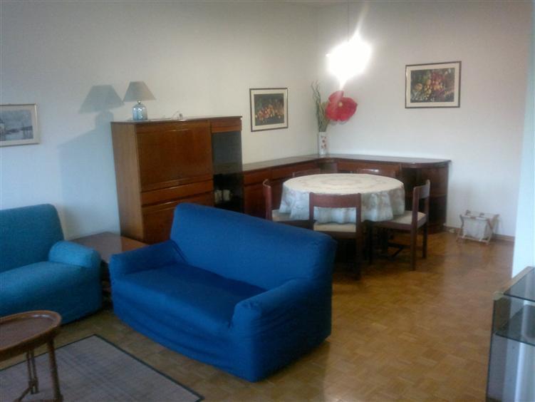 Appartamento in affitto a Udine, 7 locali, zona Zona: Semicentro, prezzo € 510 | Cambio Casa.it