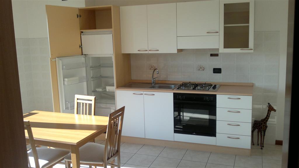 Appartamento in affitto a Palazzolo dello Stella, 4 locali, prezzo € 450 | Cambio Casa.it