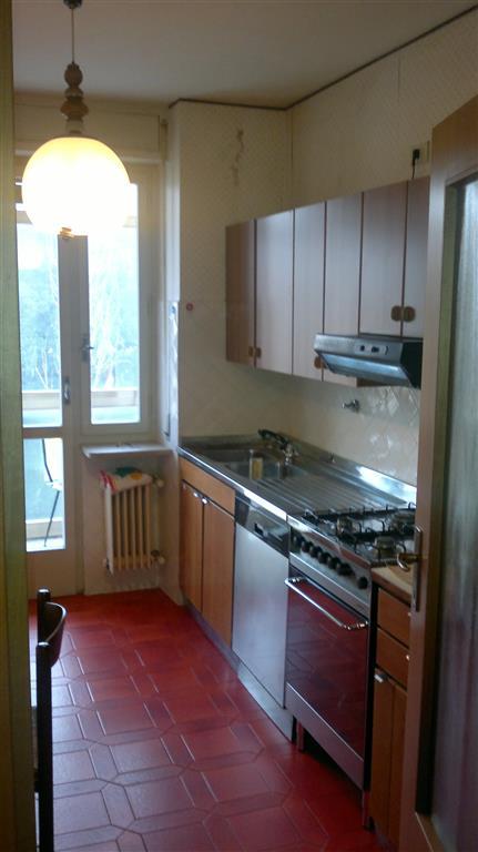 Appartamento in affitto a Udine, 6 locali, zona Zona: Semicentro, prezzo € 500 | CambioCasa.it