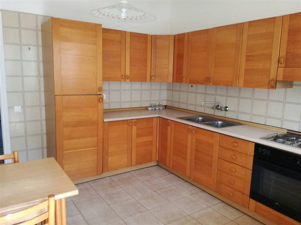 Appartamento in affitto a Udine, 5 locali, zona Zona: Periferia, prezzo € 480 | Cambio Casa.it