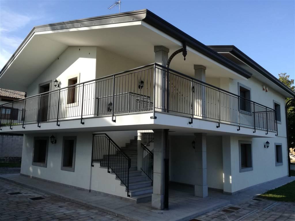Villa in affitto a Campoformido, 8 locali, zona Zona: Basaldella, prezzo € 1.300 | CambioCasa.it