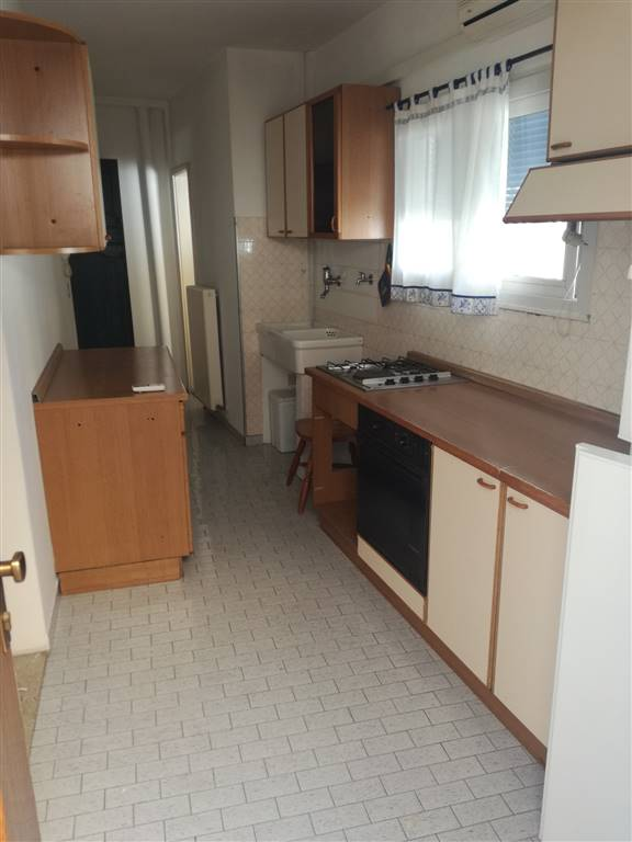 Appartamento in affitto a Udine, 2 locali, zona Zona: Semicentro, prezzo € 380   CambioCasa.it
