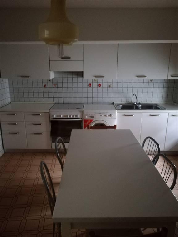 Appartamento in affitto a Udine, 6 locali, prezzo € 520 | CambioCasa.it