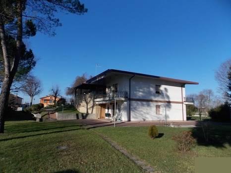 Villa in Vendita a San Giorgio di Nogaro