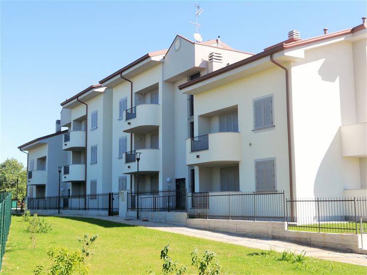 Appartamento in vendita a Pessano con Bornago, 3 locali, zona Località: PESSANO, prezzo € 286.545 | CambioCasa.it