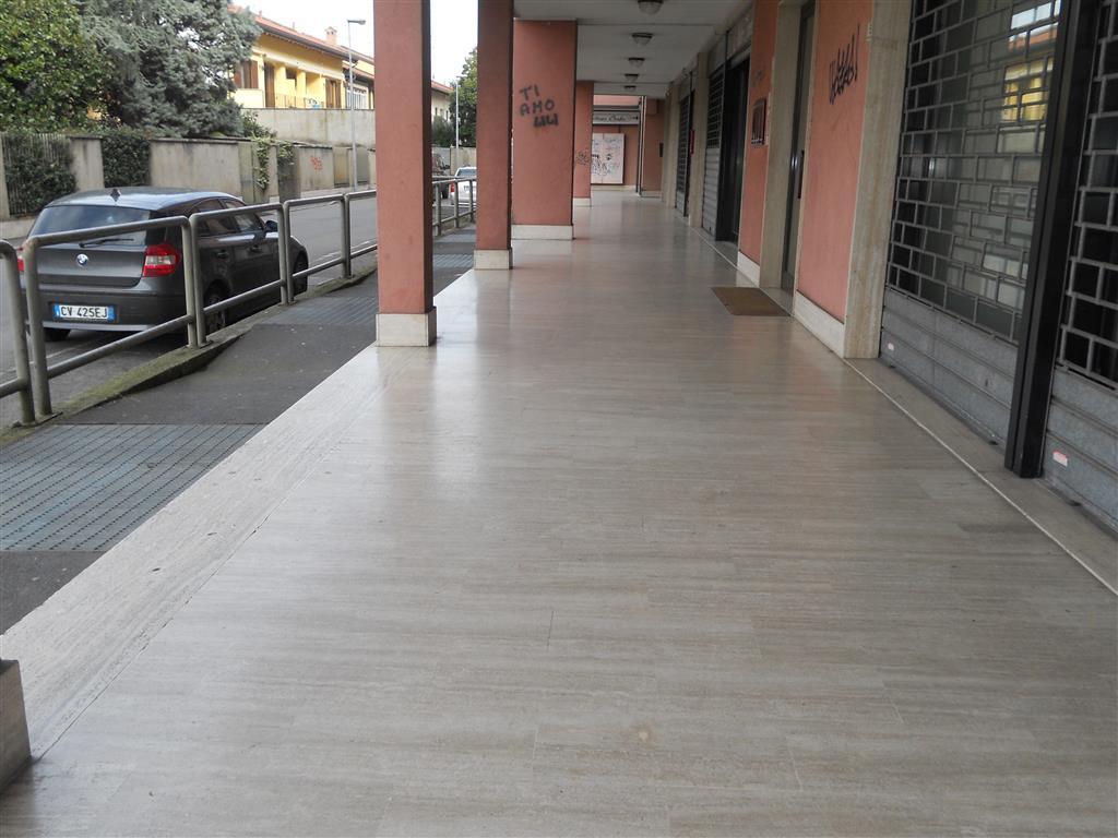 Negozio / Locale in vendita a Pessano con Bornago, 2 locali, prezzo € 75.000 | Cambio Casa.it