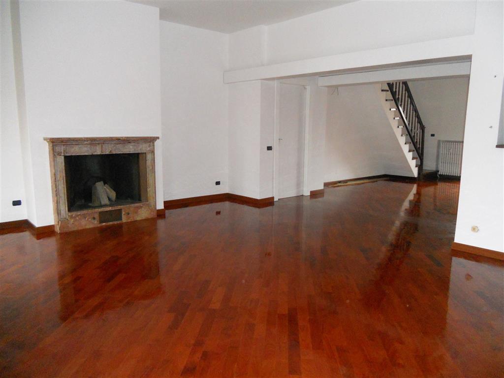 Attico / Mansarda in vendita a Parabiago, 6 locali, prezzo € 585.000 | Cambio Casa.it