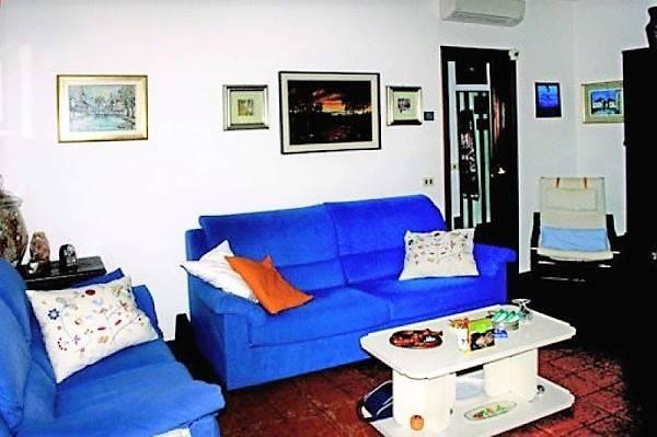 Appartamento in vendita a Pessano con Bornago, 3 locali, prezzo € 140.000 | CambioCasa.it