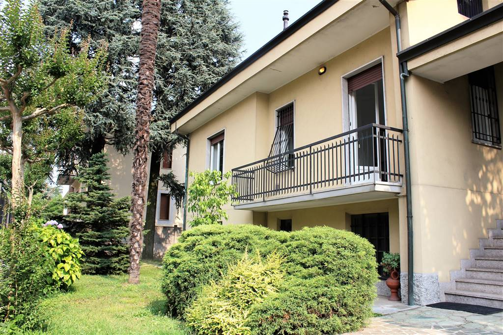 Appartamento in affitto a Pessano con Bornago, 4 locali, prezzo € 830 | CambioCasa.it