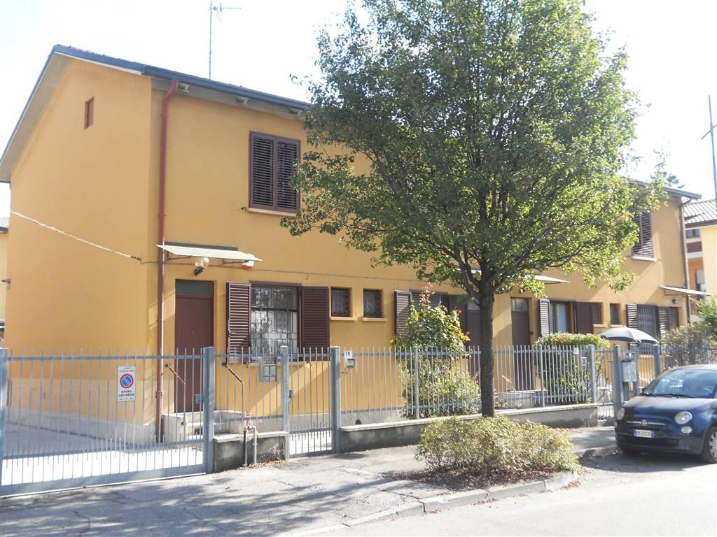 Appartamento in vendita a Pessano con Bornago, 3 locali, zona Località: PESSANO, prezzo € 135.000 | CambioCasa.it